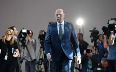 Bereidwilligheid van Australiese minister van binnelandse sake om immigrasieprosesse te versnel 'n aanklag teen SA-regering