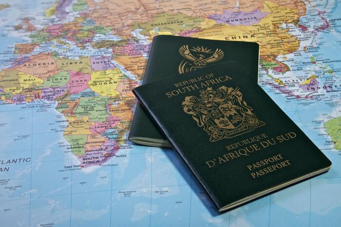 DIE GEVOLGE VAN DIE COVID-19-PANDEMIE OP VISUMS EN BURGERSKAP IN SUID-AFRIKA